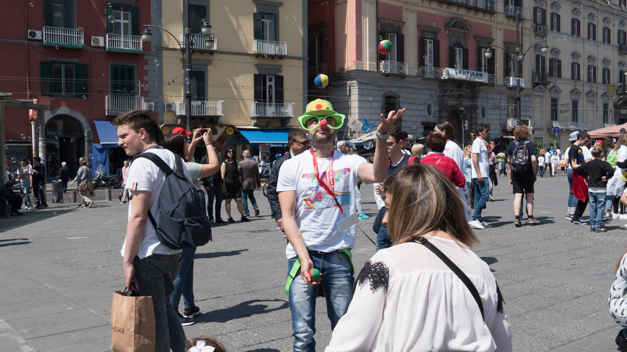 Clown a Piazza Dante